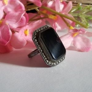 Vintage Jewelry - Lovely VTG 925 Onyx Ring